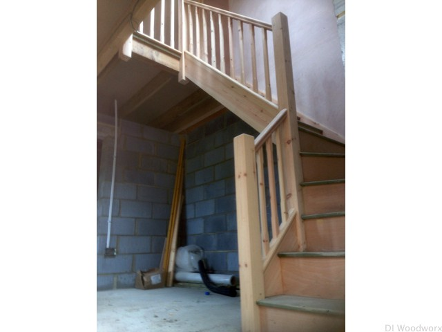 staircase-with-uprights